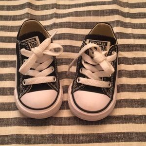 Converse Toddler Shoes - black size 4
